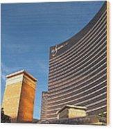 Las Vegas - Wynn Casino - 12128 Wood Print