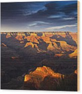 Last Light In The Grand Canyon Wood Print by Andrew Soundarajan