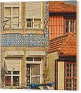 Laundry Day In Porto - Photo Wood Print