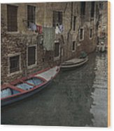 Laundry In Venice Canal Wood Print