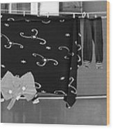 Laundry Vii Black And White Venice Italy Wood Print