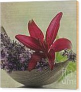 Lavender Boat With Lilies Wood Print