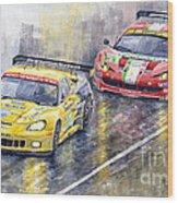 2011 Le Mans Gte Pro Chevrolette Corvette C6r Vs Ferrari 458 Italia Wood Print