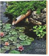 Life At The Lily Pond Wood Print
