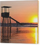 Lifeguard Stand In A Texas Sunrise Wood Print