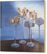 Light Glass And Shells Wood Print