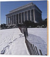 Lincoln Memorial In The Snow Wood Print