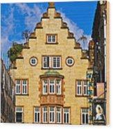 Lisle Street Wood Print