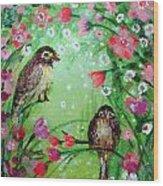 Little Birdies In Green Wood Print