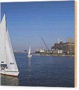 Locust Pt Sailing Wood Print