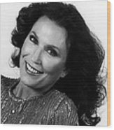 Loretta Lynn Close Up Wood Print by Retro Images Archive