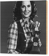 Loretta Lynn With Award Wood Print by Retro Images Archive