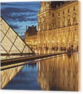 Louvre Reflections Wood Print by Brian Jannsen