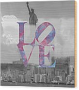Love - New York City Wood Print