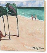 Lovers On The Beach Wood Print