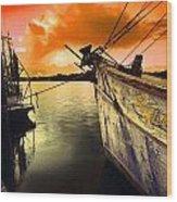 Lsu Shrimp Boat Wood Print