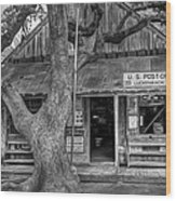 Luckenbach 2 Black And White Wood Print