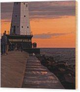 Ludington Pier And Lighthouse Wood Print