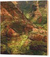 Lush Island Of Kauai Hawaii Waimea Canyon Wood Print