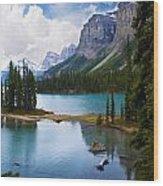 Maligne Lake And Spirit Island Wood Print