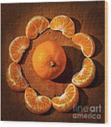 Mandarin - Vignette Wood Print by Kaye Menner