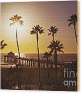 Manhattan Beach At Sunset Wood Print