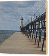 Manistee Lighthouse And Walkway Wood Print