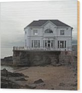 Mansion By The Sea Wood Print
