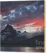 Many Glacier Sunset Wood Print