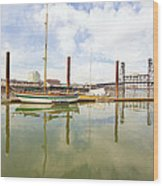 Marina Along Willamette River In Portland Wood Print