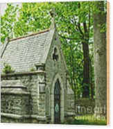 Mausoleum In Cemetery Wood Print