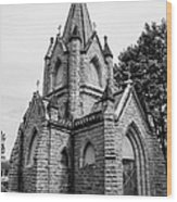 Mausoleum New England Black And White Wood Print