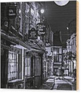 Medieval Street In York Bw Wood Print