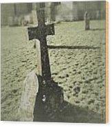 Memorial Cross Wood Print
