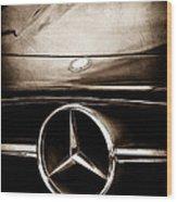 Mercedes-benz Grille Emblem Wood Print