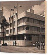 Miami Beach - Art Deco 35 Wood Print
