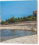 Middle Island Lighthouse Wood Print
