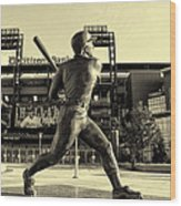 Mike Schmidt At Bat Wood Print by Bill Cannon