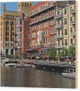 Milwaukee River Architecture 4 Wood Print