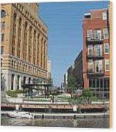 Milwaukee River Architecture 5 Wood Print