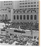 Miniature La City Hall Parade Wood Print