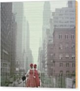 Models In New York City Wood Print by Sante Forlano