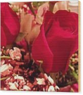 Moms Red Roses Wood Print
