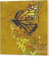 Monarch On Gold Wood Print