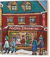 Montreal Winter Hockey At Moishes Wood Print