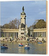 Monument And Lake In Retiro Park In Madrid Wood Print