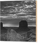 Monument Valley 001 Wood Print