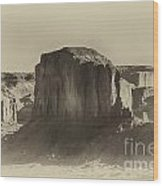 Monument Valley -utah V16 Wood Print