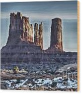 Monument Valley -utah V17 Wood Print