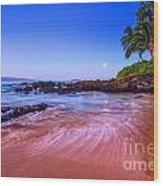 Moonrise Over Maui Wood Print